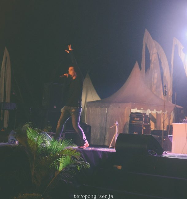 Penampilan Gede Bagus di panggung BritAtama Sanur Village Festival. Image by ist