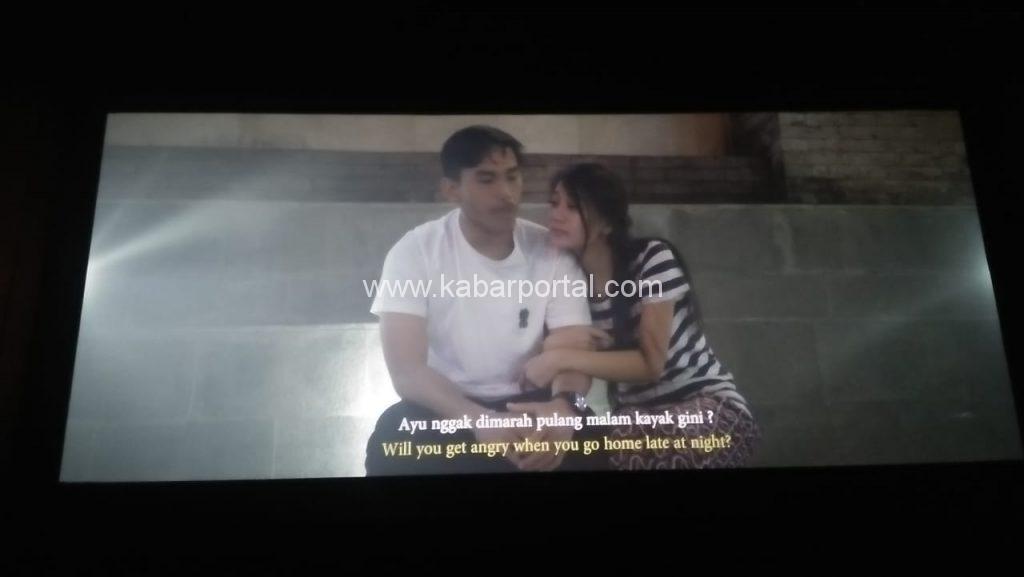 Salah satu adegan dalam film Napak Pertiwi. kabarportal.com