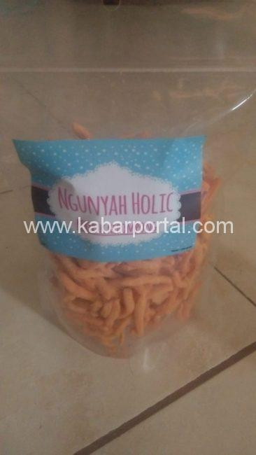 Keripik kepompong by Ngunyah Holic/kabarportal.com
