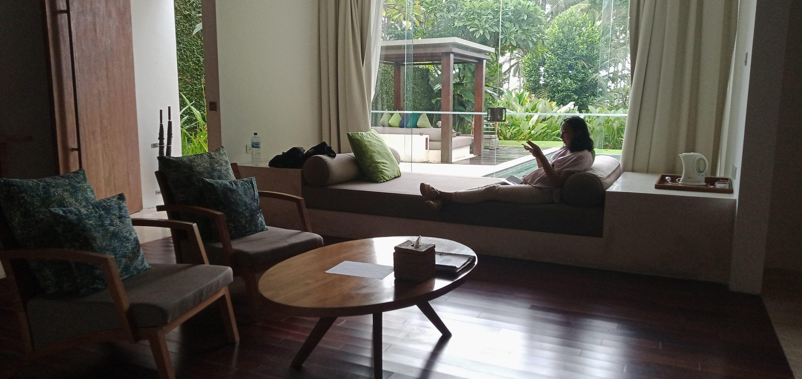 Menginap di Candi Beach Resort – Karangasem